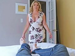 Perv Mom Kiki Daire Is So Horny As She Swallow A Young Cock
