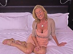 Mature Nympho Cougar Fucks Like Teenager Pov