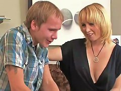 Naughty Mother Sophia Mounds Gets Fucked Well Young Step Son