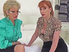 Cheating British MILF Lady Sonia Shows Off Her Big Melons