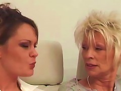 French Mature Lesbians In A Hot Threesome Sex Tape Upornia Com