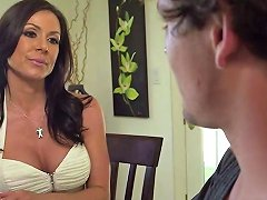 Elegant Cougar Kendra Lust Gets Fucked And Facialized