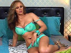 Blonde Milf Julia Ann Fingers Her Pussy In Bed Hd Porn Bd